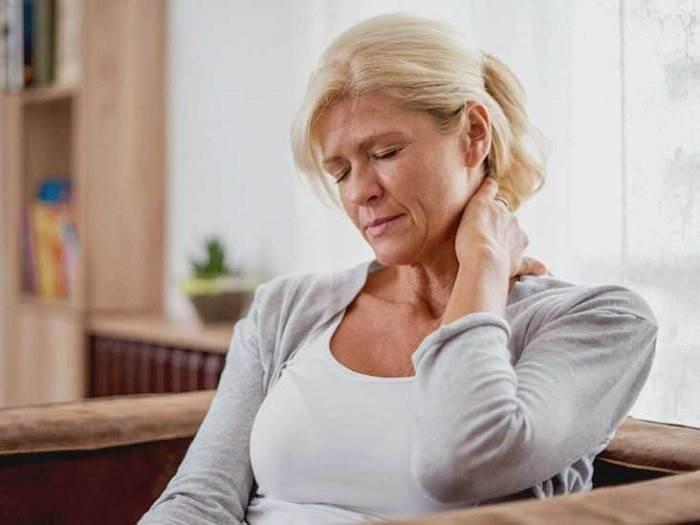 علائم سردرد سرویکوژنیک